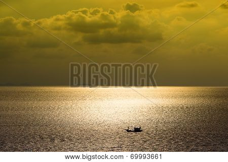 Beautiful Sea During Sunset On The Island Of Koh Phangan In Thailand