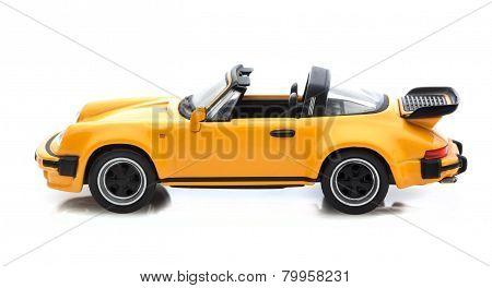 Porsche 911Targa Turbo