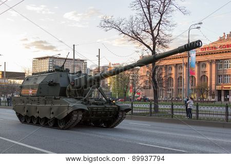 MOSCOW - MAY 4 2015: Military vehicles on Leningradsky Prospekt in rehearsal for the Victory Day parade poster