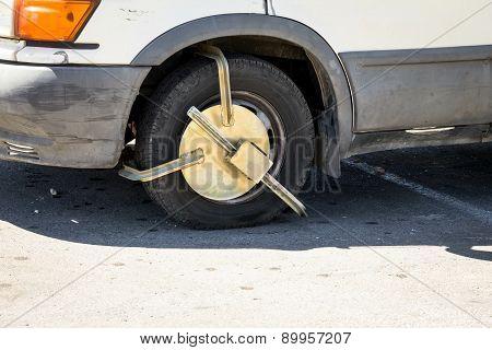 Police Anti-theft Device On Car Wheel