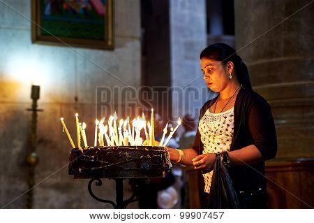 Prayers In The Holy Sepulchre Church In Jerusalem