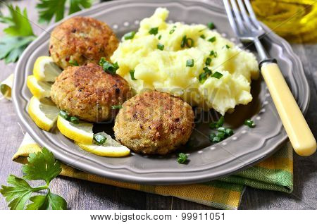 Fish Cutlets With Dill.