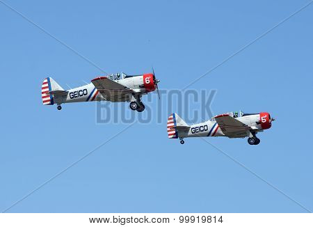 Geico Skytypers Airplanes In Flight