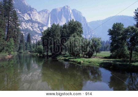 Merced River - Incredible View