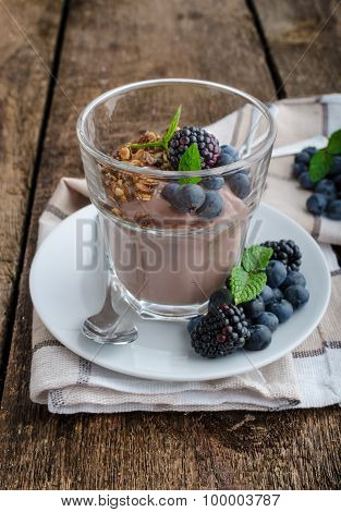 Chocolate Pudding With Berries