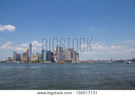 Lower Manhattan Ny Skyline And East River