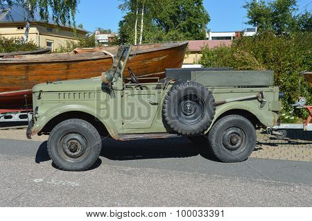 Vintage Offroad Car