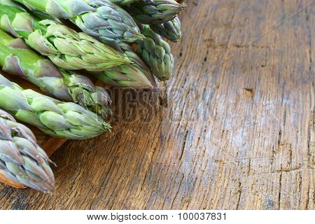 Fresh Green Asparagus Spears