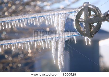 Frozen Clothesline