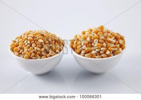 compare maize corn of different grade