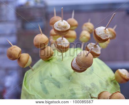 sweet spit dessert closeup, strong bokeh