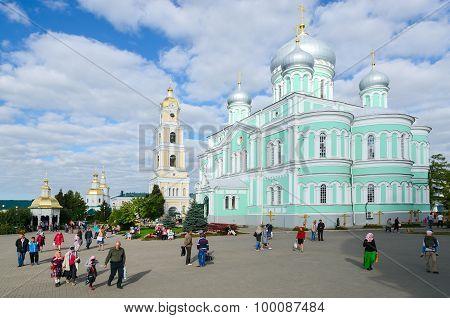 Cathedral Square In Holy Trinity Seraphim-diveevo Monastery, Diveevo, Russia