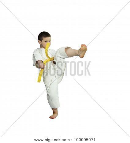 With yellow belt athlete beats kick mae-geri