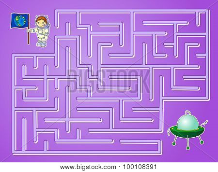 Help Astronaut To Find Way To The Flying Saucer And Find Spaceship In A Maze