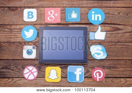 Kiev, Ukraine - August 22, 2015: Famous Social Media Icons Such As: Facebook, Twitter, Blogger, Link