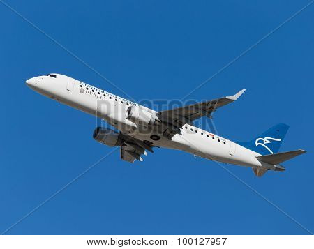 Blue And White Embraer Erj-190Lr