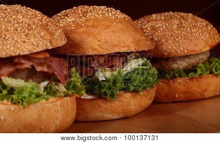 Few Big Burgers