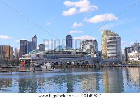 Melbourne harbour cityscape