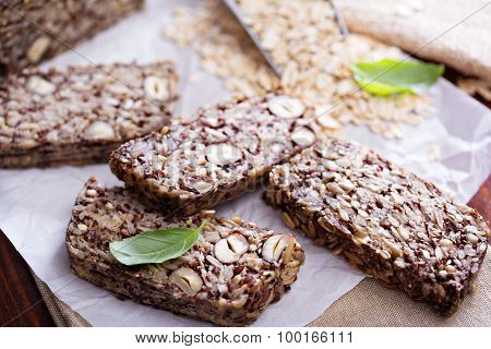 Healthy multigrain bread with oats and seeds