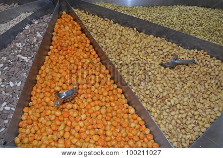 Mixed Dryfruits in shop