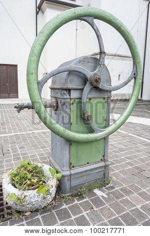 Old Water Pump Manual