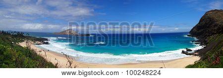 Beach And Islands At Makapuu Beach Park, Oahu, Hawaii