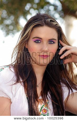 Beautiful Teen Girl with her Cell Phone (1)