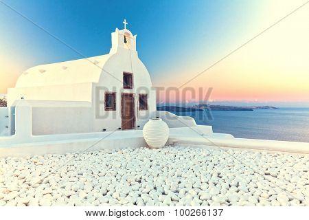 image of oia, Santorini at sunrise