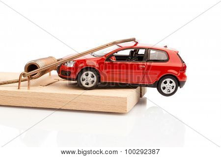 a model car in a mousetrap, symbolfoto for car expenses and liabilities