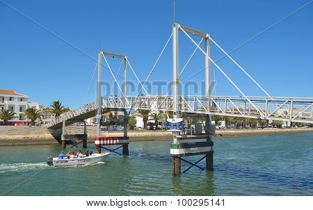 he lift bridge at Lagos Marina