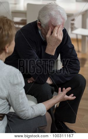 Impuissant Elderly Man