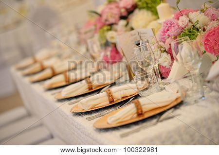 Elegant Dinner Plates At Wedding Reception