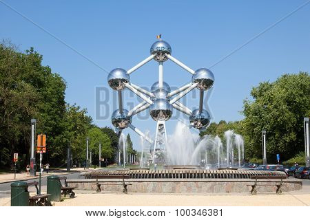 Fountain At The Atomium In Brussels, Belgium