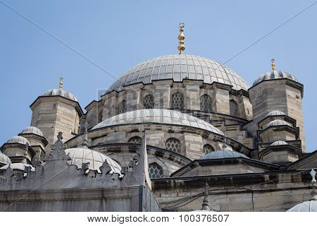 View Roof The Suleymaniye Mosque In Istanbul, Turkey