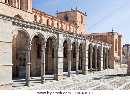 La Basílica de San Vicente en Ávila