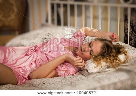 Sexual Blonde In A Boudoir