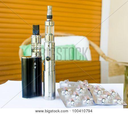 Big battery black E-cigarettes steel grey Resistors spare parts blister