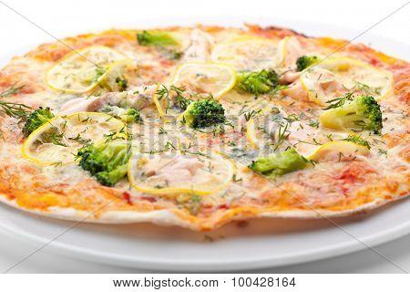 Pizza with Salmon, Broccoli, Cheese and Lemon