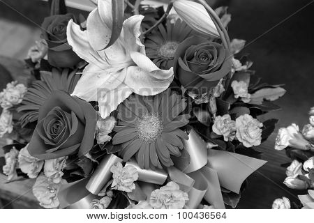 B/w Flowers Bouquet Arrange For Decoration In Home