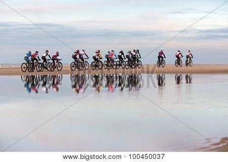Beach Cycle Race