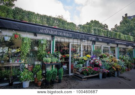 Flower shop at Place des Ternes in Paris