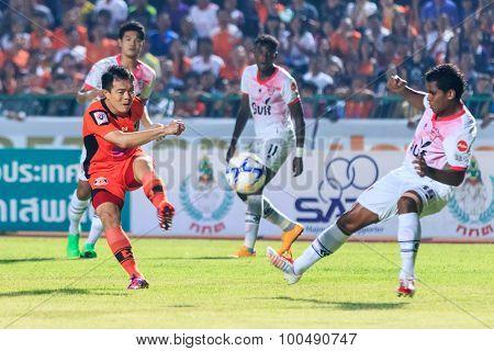 Sisaket Thailand-march 7: Khapfa Boonmatoon Of Sisaket Fc. (orange) Shooting Ball During Thai Premie
