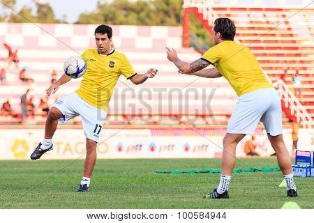 Sisaket Thailand-april 4: Gorka Unda Of Port Fc. During A Training Ahead Thai Premier League Between