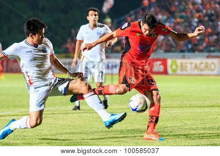Sisaket Thailand-april 4: Victor Amaro Of Sisaket Fc. (orange) In Action During Thai Premier League