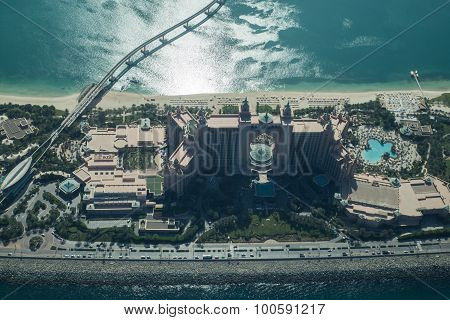 Atlantis The Palm Hotel aerial view