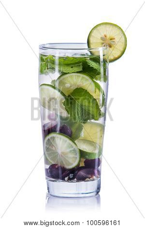Infused Water Mix Of Grape, Lime And Mint