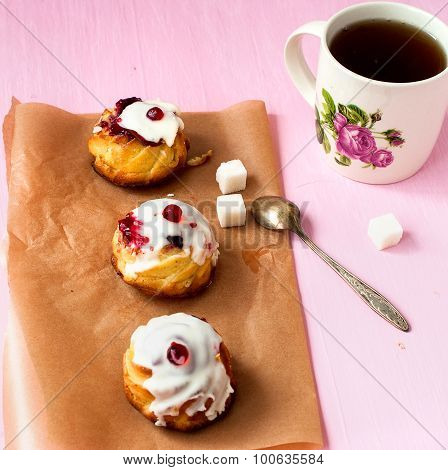 Cakes From Cottage Cheese With Cranberry Jam