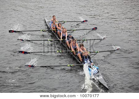 Boston - October 24: The Riverside Boat Club Puts Her Hand In The Water To Make A Hard Turn To Starb