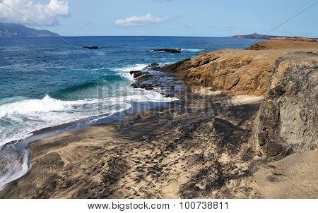 Mixed Sand Beach  With Waves