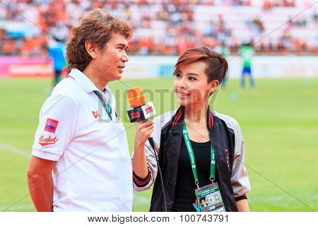 Sisaket Thailand-june 21: Nutiada Korsuwan Of True Sport Reports Before The Game Of Thai Premier Lea